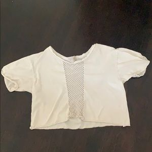 white top in womens